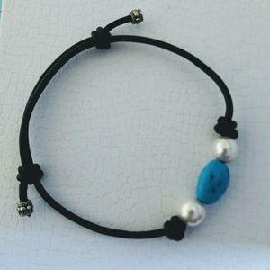 Pearls and turquoise slip knot. Adjustable bracele